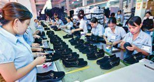 nam làm sản xuất giầy tại HỒNG TÂN – ĐÀI TRUNG