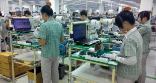 nữ đóng gói linh kiện điện tử tại Nam Tử – TP Cao Hùng