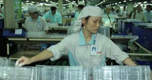 Nhà máy Bảo Khang tuyển 45 nữ ép các sản phẩm nhựa