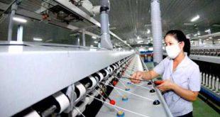 Nhà máy Húc Huy tuyển 8 nữ làm dệt may