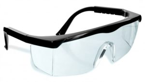 Nhà máy Mậu Kỳ tuyển 12 nữ + 6 nam sản xuất kính bảo hộ mắt