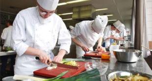 Nhà máy Ma Thuật tuyển 04 nam làm thực phẩm ăn nhanh, gửi form