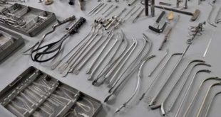 Nhà máy Hoa Quảng Tuyển 40 nữ sản xuất thiết bị y tế