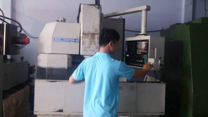 Tuyển 12 nam làm thao tác máy CNC tại NM Vỹ Toàn