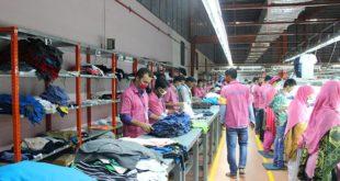 Nam làm nhuộm tại nhà máy Minh Phưởng