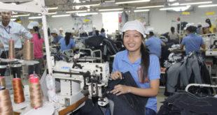 Tuyển nam nữ làm dệt tại nhà máy Đài Nguyên