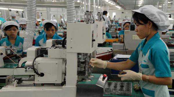 Tuyển 09 nữ thao tác máy, làm vỏ máy tính tại Tân trúc, Đài bắc