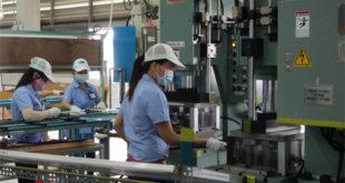 NM Nghị Lâm tuyển 10 nữ thao tác máy tại Đài trung