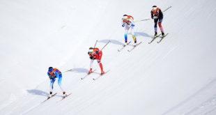 nữ làm sản xuất gậy trượt tuyết tại nhà máy phú quốc